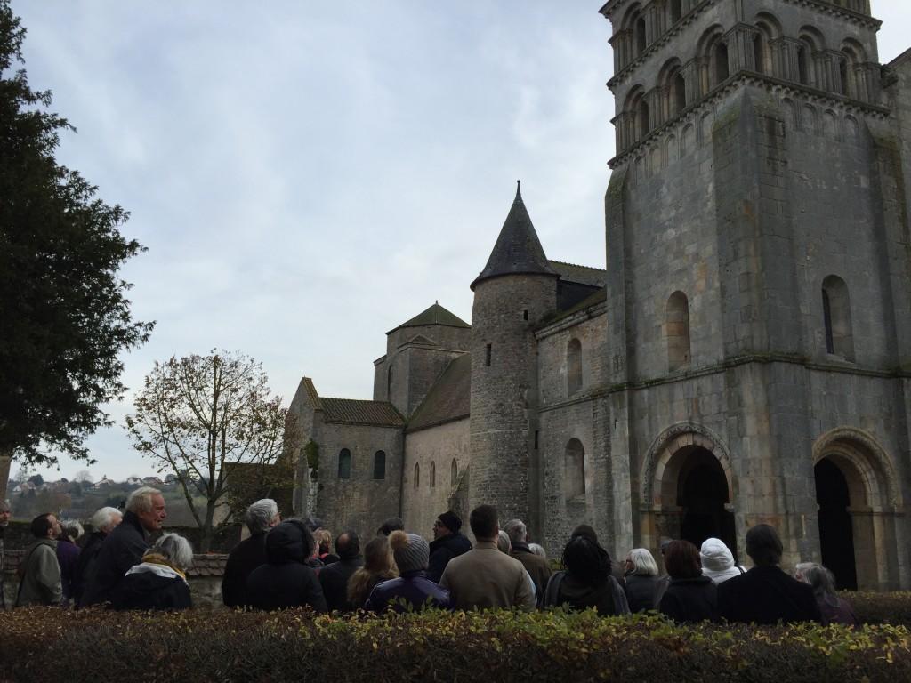 Vue extérieure de l'église de Perrecy